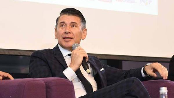 Conferinţa ZF/ Raiffeisen Branduri româneşti, Oradea. Brandurile româneşti se pot dezvolta pe pieţele externe, dar antreprenorilor români le trebuie curaj să mai facă un pas în business